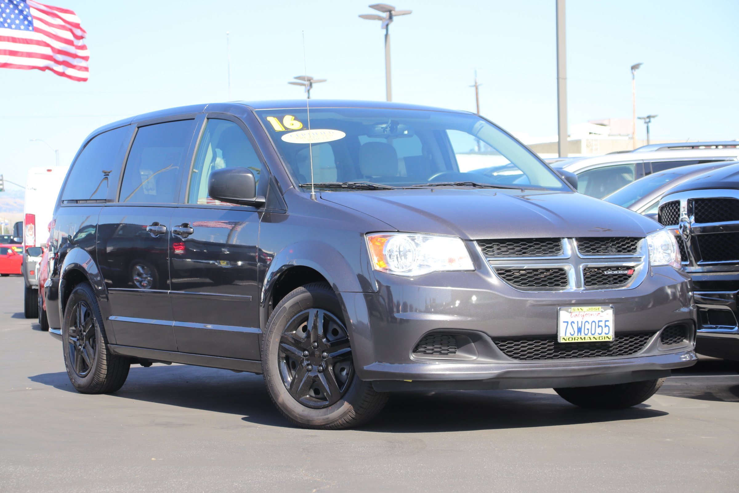 Certified Pre-Owned 2016 Dodge Grand Caravan SE