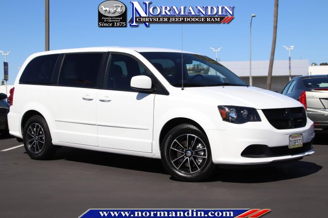 Pre-Owned 2016 Dodge Grand Caravan SE Plus